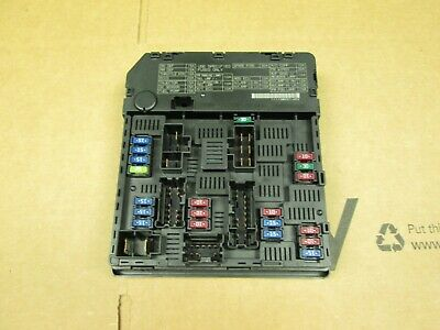 2011-2013 Nissan Rogue Front Under Hood Fuse Relay Junction Box Module Oem Used