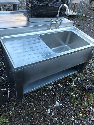 Stainless Steel Commercial Single Sink With Large, Deep Bowl And Mixer Tap