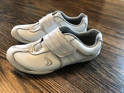 Clarks Girls White Trainers - Size 1 1/2 F - 1.5F - Excellent Used Condition