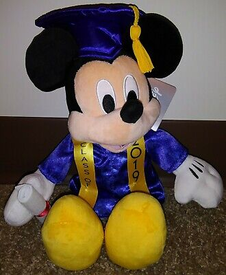 2019 Disney Parks Graduation Mickey Mouse Holding Diploma Class of 2019 New