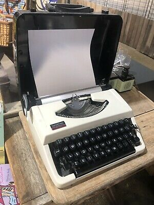 Vintage/retro Brother 210C portable Typewriter with carry case