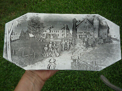 """Vintage  Wendell August Hand Forged Highly Detailed 11 7/8"""" Cracker Tray !"""
