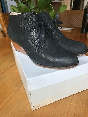 Elk Wedge Boots Black  Size 38
