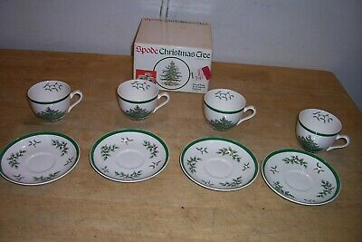 Set Of 4 Spode Christmas Tree Tea Cups Saucers England In Box NEW