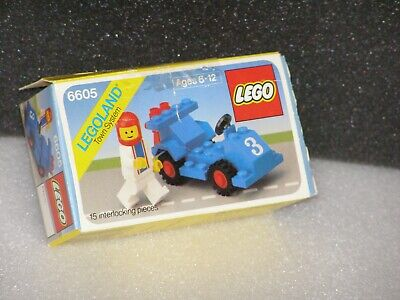 1 Minifig Complete Lego 6605 Town Road Racer