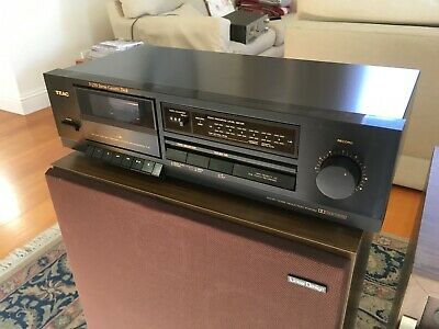 TEAC V-250 STEREO CASSETTE DECK Colour BLACK in Excellent Condition