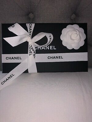 🎁Authentuc Chanel Gift Box & Tissue Ideal For a Purse 👛