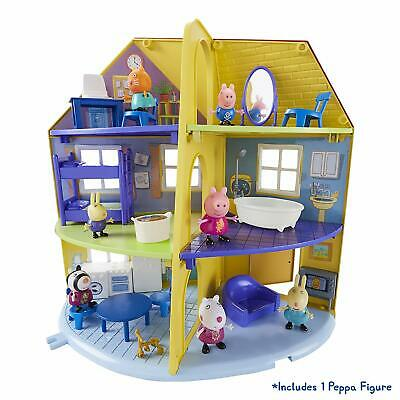 PEPPA / PEPPER PIG - Family Home House Playset Great Kids Xmas Gift NEW / Boxed