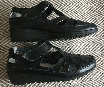 HEVENLY SOLES COMFORT BLACK size 6-6.5 EEE