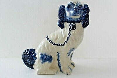 Chien En Faience Staffordshire Pottery England Hand Painted