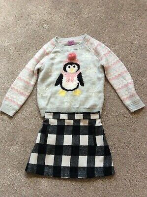 Girls Christmas jumper and skirt outfit Size 3 - 4 years F & F, Great condition