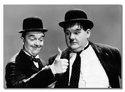 Laurel and Hardy 2 Comedy Stars Black /& White 10x8 Glossy Photo Print Poster