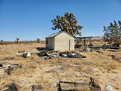 Los Angeles, CA -2.5 Acres of land secluded with old cabin and amazing views.