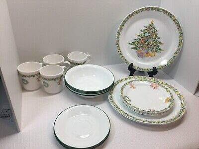 Corelle Christmas Joy Lot Of 19 Pieces, Service For 4 -Missing 1 Dinner Plate