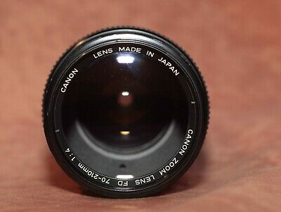 Canon Lens FD f 1:4 70-210  mm very good conditions with original caps