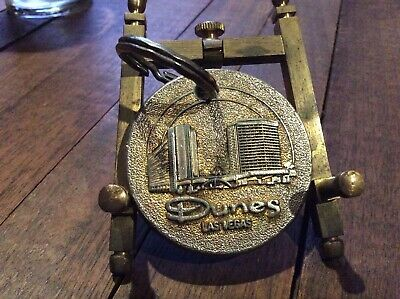 Vintage Dunes Hotel Las Vegas Nevada Heavy duty Metal Coin Key Chain Ring