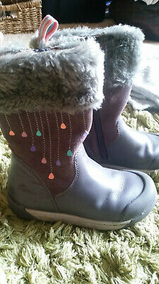 Infant Girls CLARKS Grey pink fur Boots - size 7F - great condition LIL FOLK RAE