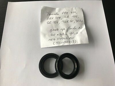Yamaha RDX 125 / RDX 200, joints spi fourche / NOS oil seal