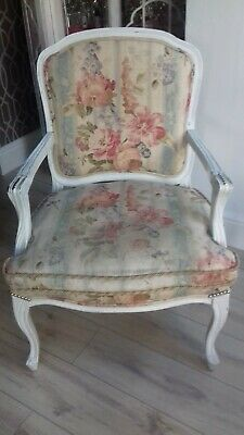 Beautiful Large Vintage floral French Louis style armchair, boudoir chair queen