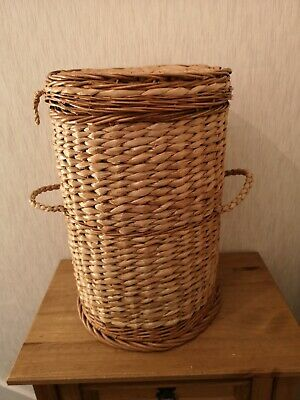 Round Rattan Wicker Laundry Basket with Lid & Handles VGC