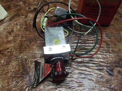 Vintage nos 1960' s Flarestat 105 accessory Flasher switch hazard emergency 12v