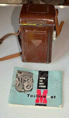 Yashica Mat TLR Camera With Copal MXV Shutter Yashinon 80mm F3.5 Lens      1962