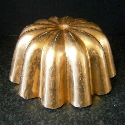Vintage Kitchen Classic Gold Anodised Round Jelly Mould