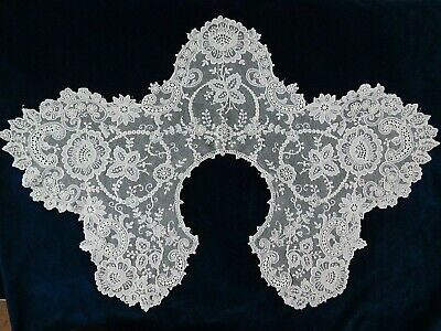 Antique Lace Collar / Shawl