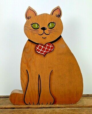 """Vintage 10 1/4"""" Artist Signed C Griffith Handmade & Painted Wood Sitting Cat"""