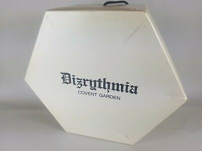 Vintage hexagonal hat box Dizrythnia Covent garden storage display