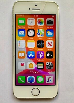 Apple iPhone SE 16GB  Silver (Unlocked) A1723 CDMA + GSM Cracked Screen with box