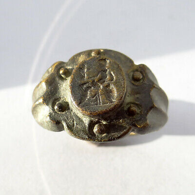 Roman Ancient Artifact Bronze Ring With Goddess Victoria