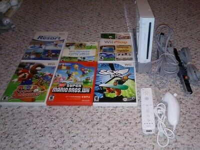 Nintendo Wii White System Lot w/ 6 Games Console Bundle Gamecube Compatible