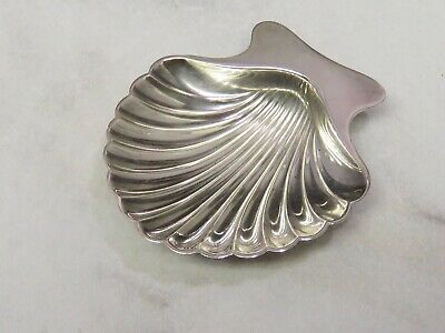 TIFFANY & CO MAKERS Sterling SILVER Footed Scalloped Shell Nut Dish