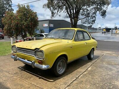 Ford Escort MK1 coupe 1975