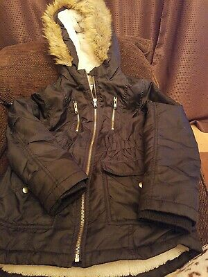Lovely Girls Winter Coat By nutmeg Aged 9-10 Years exelant condition  pockets