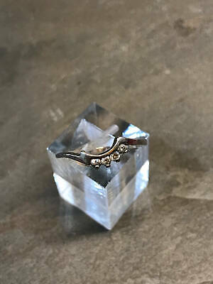 sz 7, Sterling silver crystal around band, 925 w/ crystal ring, stamped 925