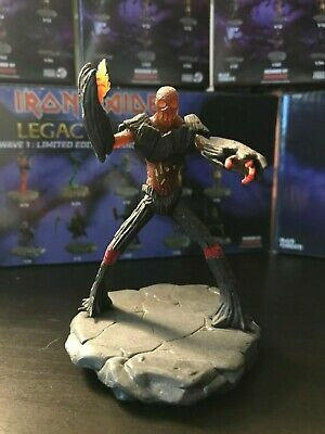 Iron Maiden Legacy of the Beast Figures Wave 1 Wicker Boss 1//60