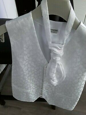 Boys Next wedding Waistcoat and cravat / tie Age 12.  White