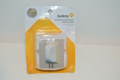 Safety 1st 10404 White Plug 'N Outlet Covers 2 Count