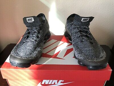 Used Nike Air Vapormax Flyknit 2.0 Oreo In Size 11 (READ DESCRIPTION CAREFULLY)