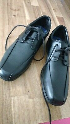 Boys Clarks Black Leather School Shoes Size 4.5F Brand New