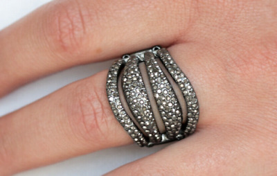 "Paparazzi Exclusive ""Life of the Party"" Ring - Roll Out The Diamonds - Black"