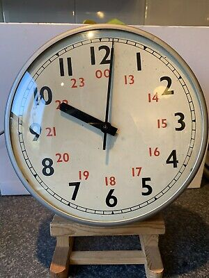 Vintage Retro Gents Gent's of Leicester Grey Industrial Factory Wall Clock