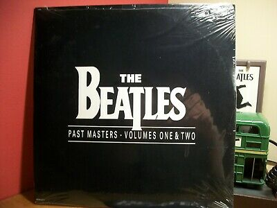 The Beatles Past Masters vol 1 & 2 First US pressing 1988 factory sealed