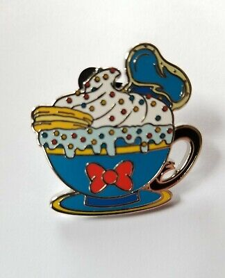 Disney Parks Happy Holiday Hot Cocoa Mystery box Pin - DONALD DUCK MUG