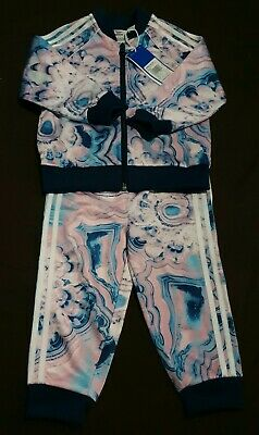 Adidas infant girls marble sst tracksuit (age 12-18 months)