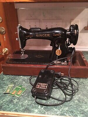 Vintage Singer Sewing Machine Model AH401290 WithBentwood Case Electric Machine.
