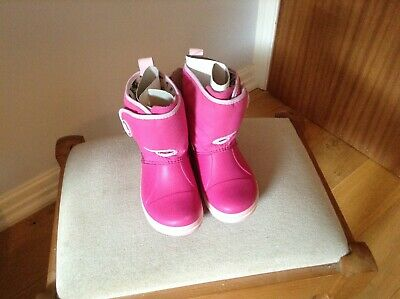 Bright pink winter boots crocs new