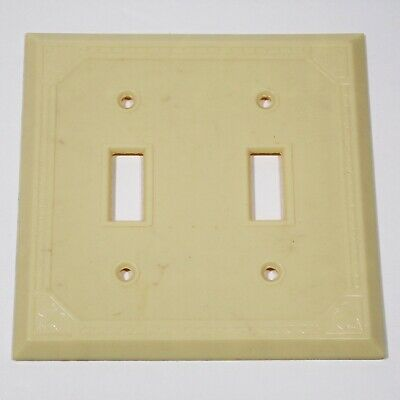 Double switch plate mid century Ribbed Ivory Bakelite Halebro with screws